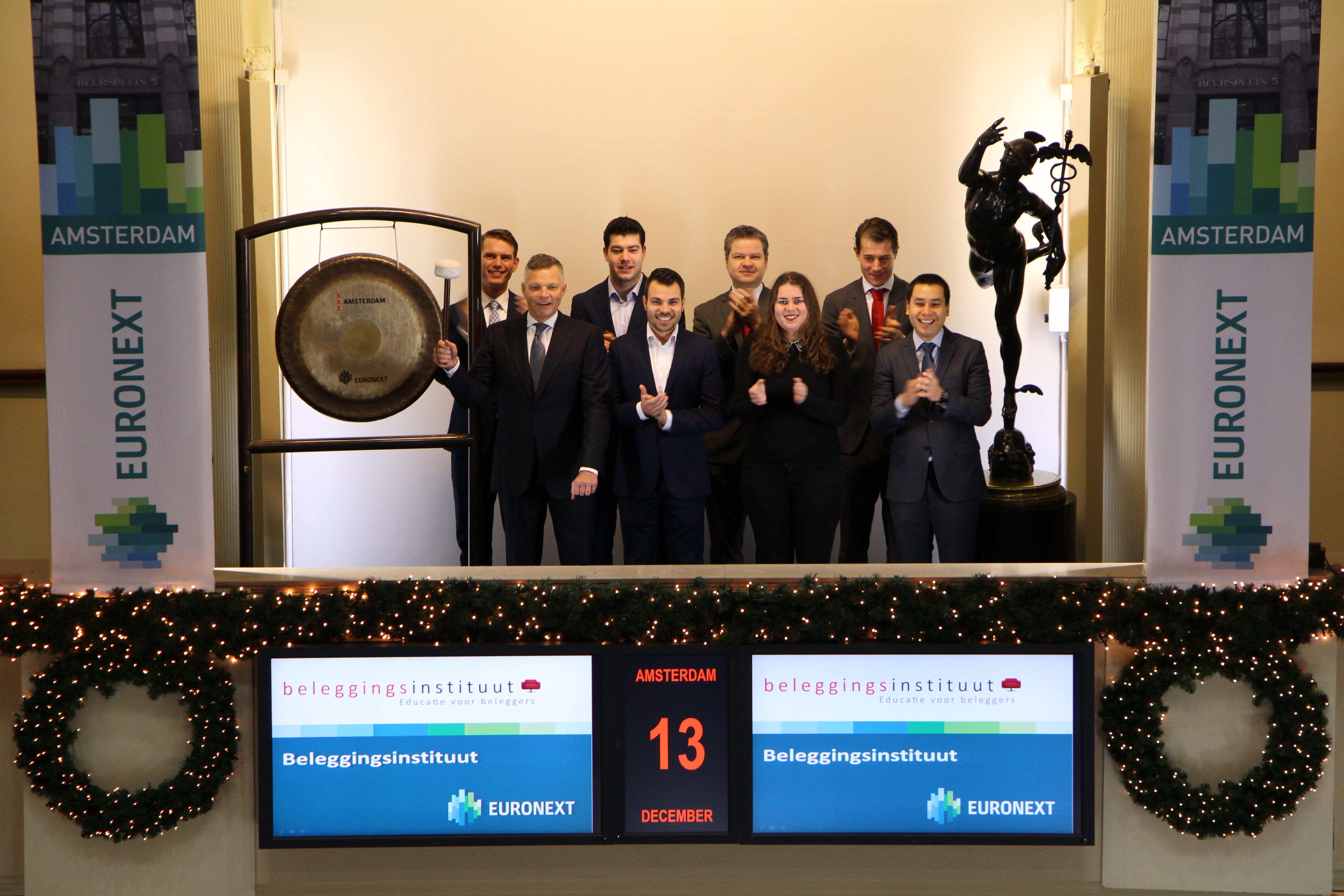 Beleggingsinstituut viert vijfjarig bestaan met beursgong